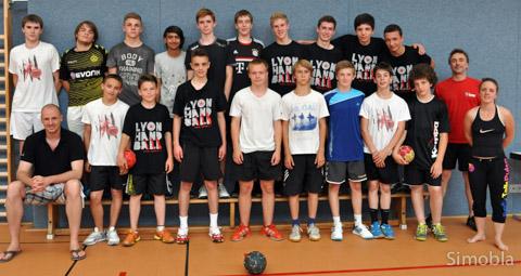 Handball verbindet: Jungen der HSG Sindlingen-Zeilsheim und des HB Lyon verbrachten eine knappe Woche im Rahmen des deutsch-französischen Jugendsportaustauschs miteinander. Fotos: Michael Sittig