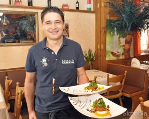 Appetitlich: Gennaro Cassavia serviert zusätzlich zur normalen Karte jeden Tag ein paar Extras, zum Beispiel diese Vorspeise mit Gemüsebällchen. Foto: Michael Sittig