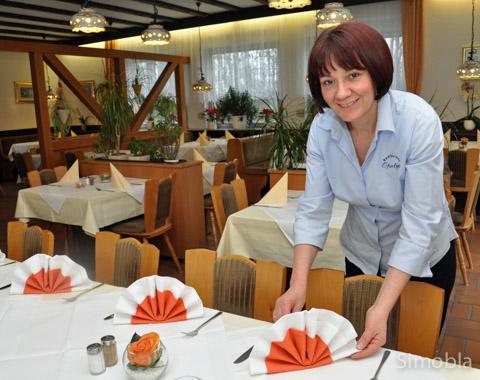 Mirjana Budimir versteht sich auf geschmackvolle Tischdekorationen zu besonderen Anlässen.
