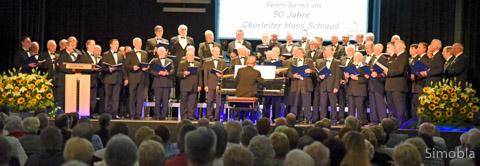 Hans Schlau und der Männerchor Germania feierten ihre gemeinsamen 50 Jahre mit einem musikalischen Rundumschlag