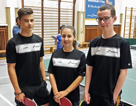 Tischtennisjugend, von links: Csaba Varga, Franziska Beck, Maximilian Reinhardt.