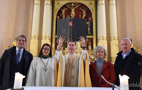 Ein neues Kapitel: (von links) Harald Fischer, Claudia Lamargese, Pfarrer Martin Sauer, Christine Krämer und Wilhelm Stappert.