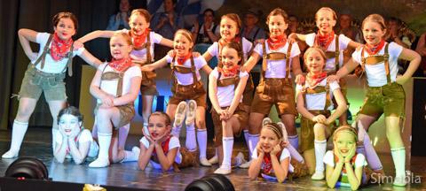 Die Tanzkäfer verbreiten Hüttengaudi