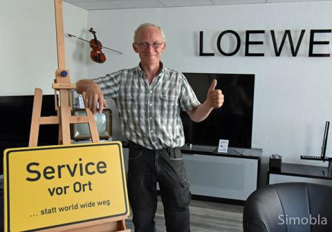 Bei Raoul Wirz wird Service groß geschrieben. Sein 25-jähriges Betriebsjubiläum begeht er im September in seinen neuen Räumen an der Farbenstraße 54. Foto: Michael Sittig